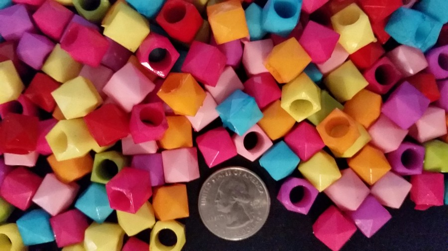 "3/8"" Plastic Polygon Beads (ounce)"