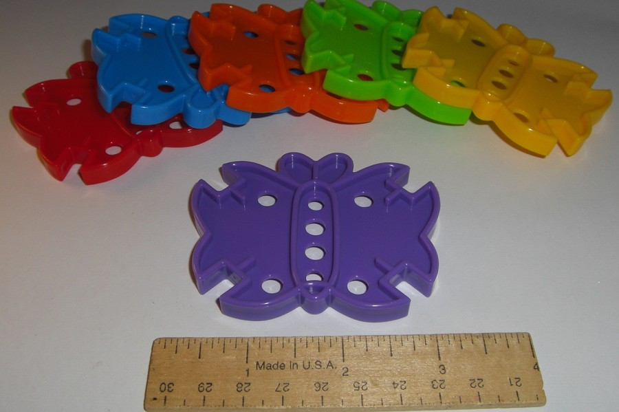 Large Plastic Butterfly (ea)